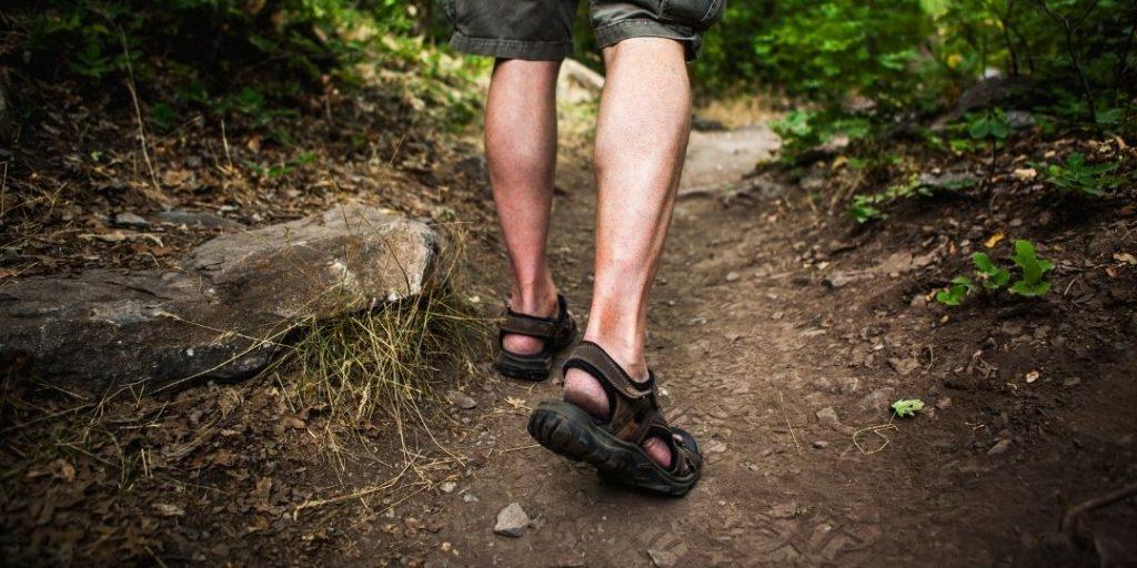 Best Hiking Sandals 2020 Reviews_Trekkerr