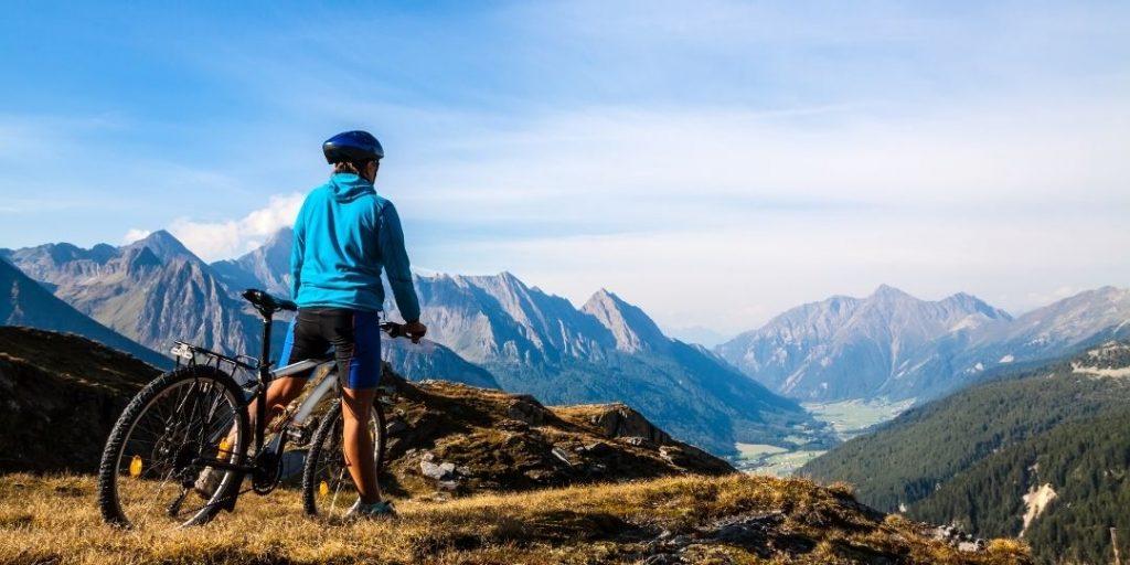 Best Beginner Mountain Bikes_Trekkerr